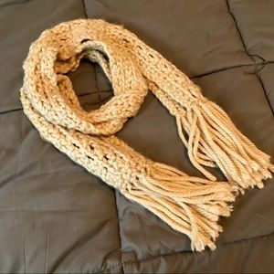 Accessories - Cream knit scarf